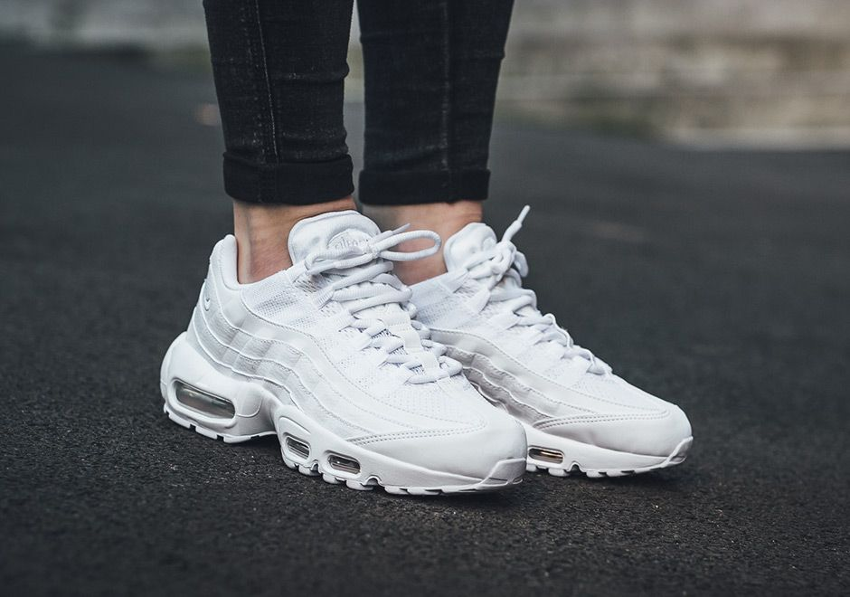 Nike Air Max 95 Triple White 307960 104 | Zapatos, Zapatos