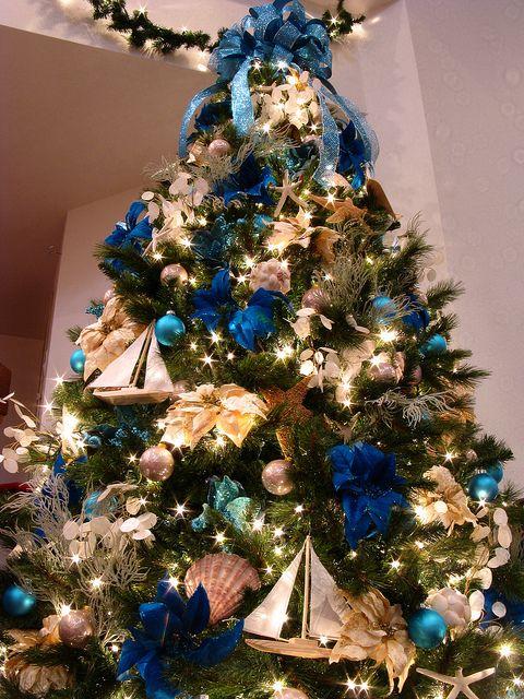 Blue Ocean Themed Christmas Tree Coastal Christmas Decor Christmas Tree Themes Christmas Trends