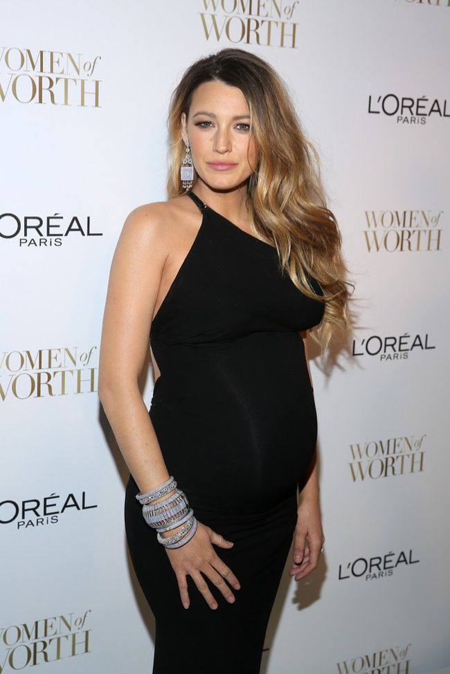Blake Lively Shows Dark Roots In Pregnancy Hairstyle At Loreal