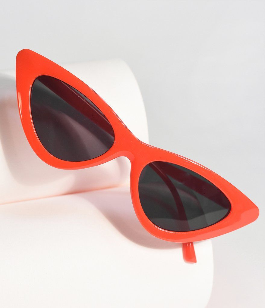 1f57bc7742b Red Cherry Retro Cat Eye Sunglasses in 2019