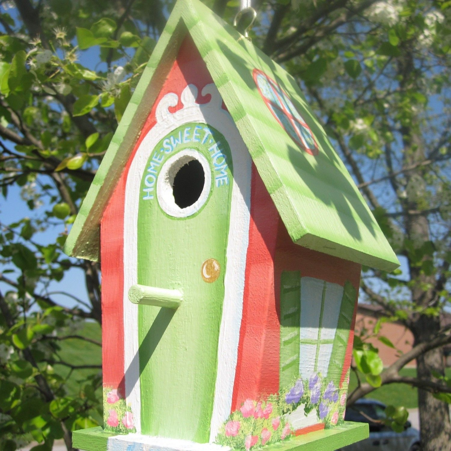 Uniquely painted birdhouses home sweet homehand painted for Birdhouse ideas