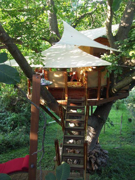 Photo of Wellness im Garten mit einer Außensauna mit Holzofen – Planungswelten