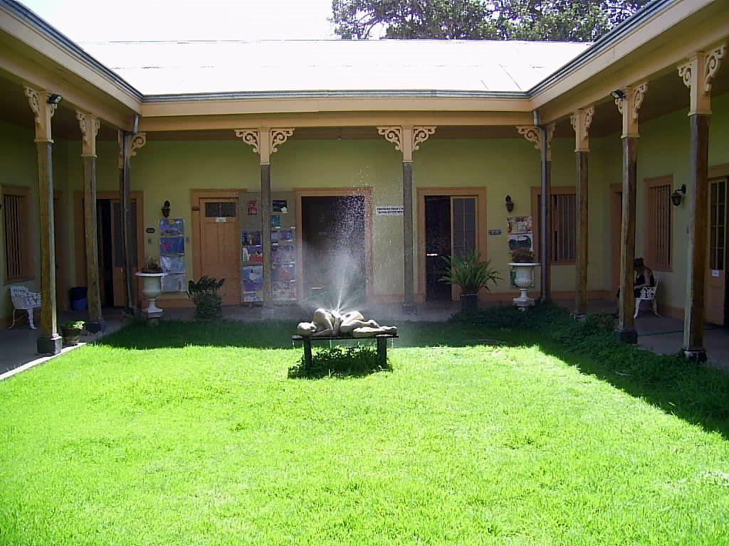 Jard n interior casa de la cultura limache jardin - Casas con jardin interior ...
