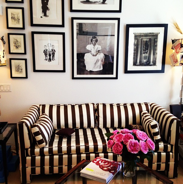 Why We Re Obsessed With Carolina Herrera S Couch Home Decor