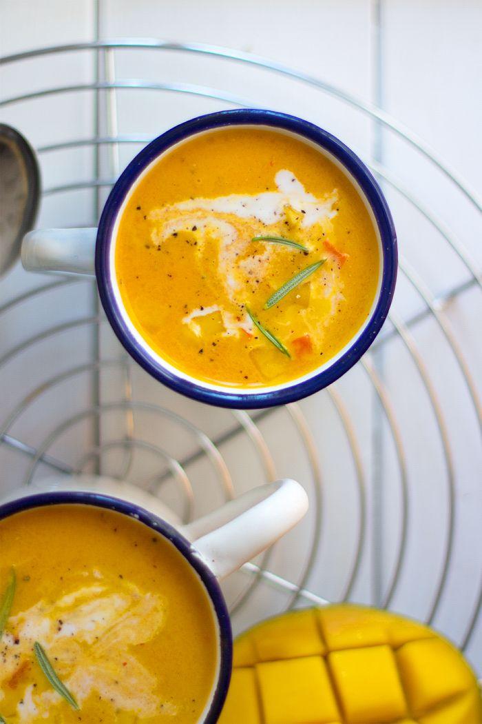 Karottensuppe Mit Mango Und Kokosmilch Rezept Kochen Suppen