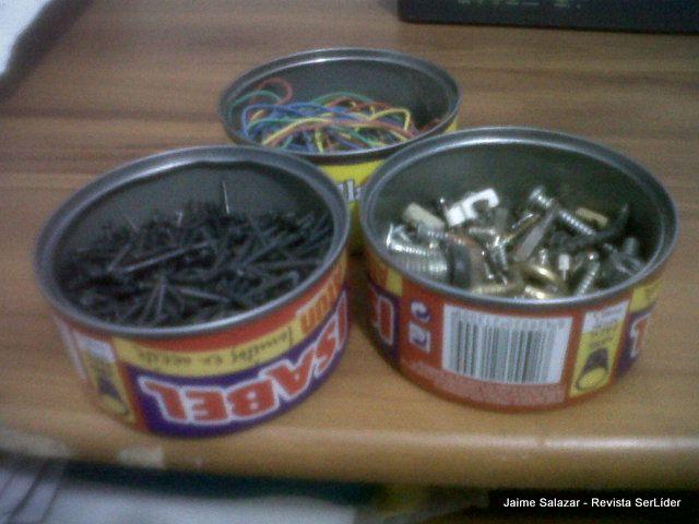 Lo que hice con 3 latas de Atum, para mis cositas de ferretería de hogar