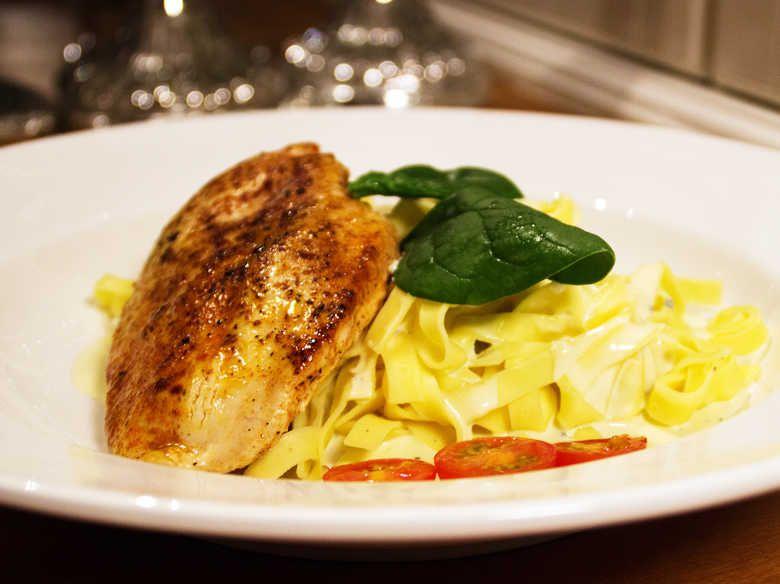 färsk pasta med kyckling