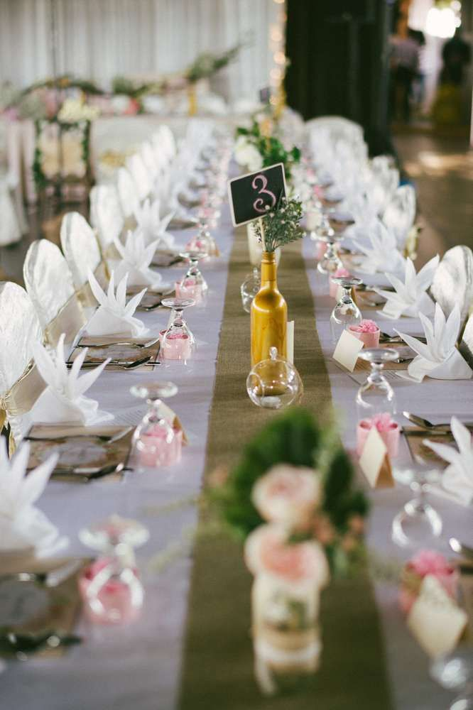 What Pretty Table Settings At This Vintage Rustic Themed Wedding Celebration See More Party