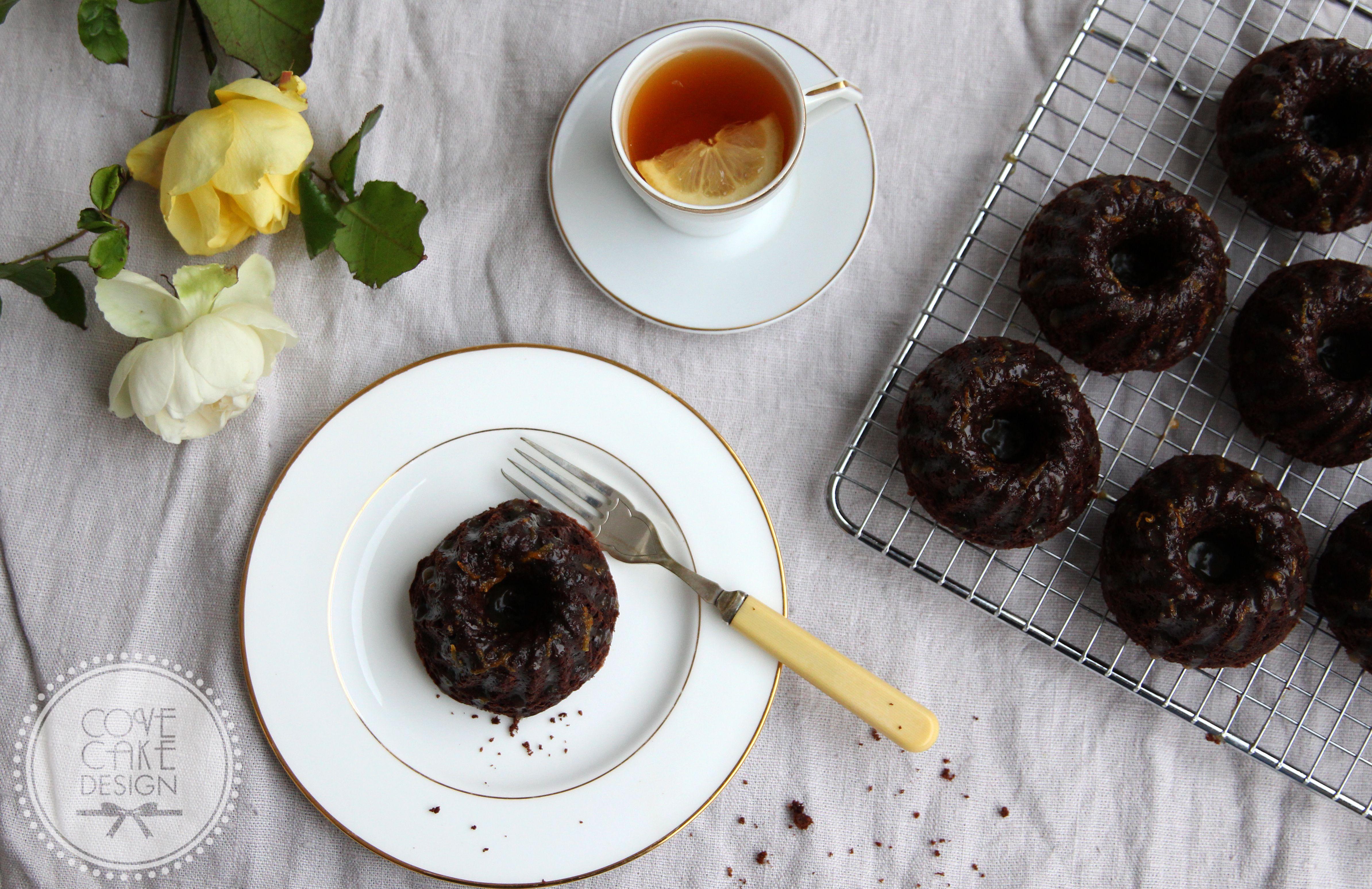 Chocolate Gingerbread Mini Bundts with Irish Whiskey Orange Caramel ...