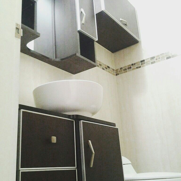 mueble para el baño hechos en melamina color wengue tiradores de ... - Muebles De Bano De Aluminio