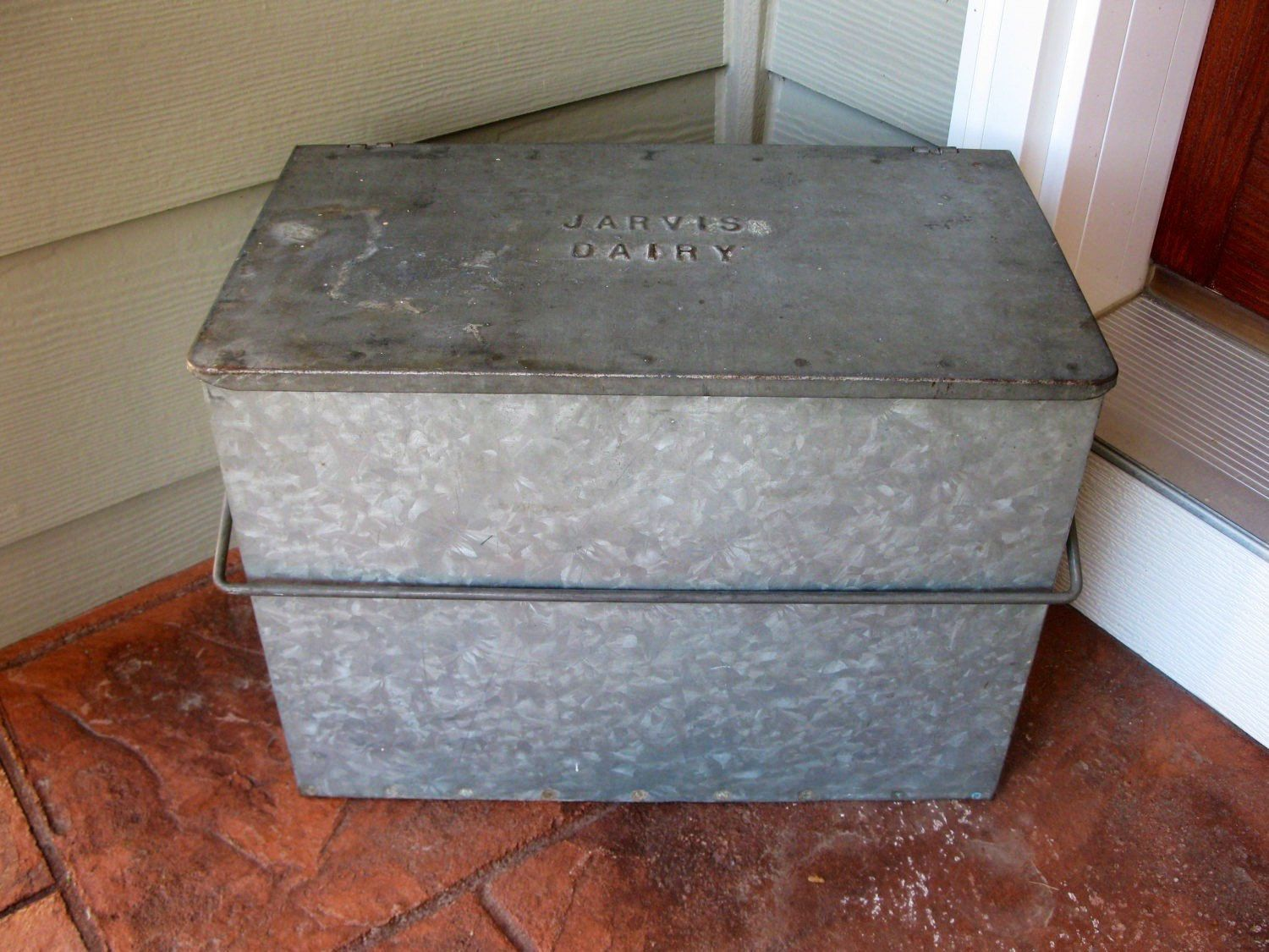 Vintage Milk Box Galvanized Metal Jarvis Dairy Porch Box Insulated 1950s Home Delivery Swinging Handle Milk Delivery L Milk Box Galvanized Metal Milk Man