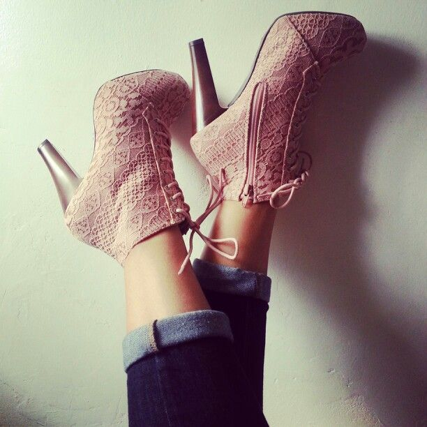 Lace heels ♡