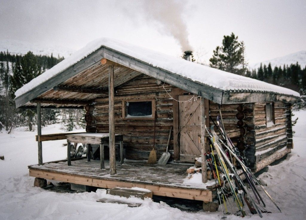 Cabin At Lindeman Lake |  The post Cabin At Lindeman Lake appeared first on Woodz.  #wood http://www.woodz.co/cabin-at-lindeman-lake/