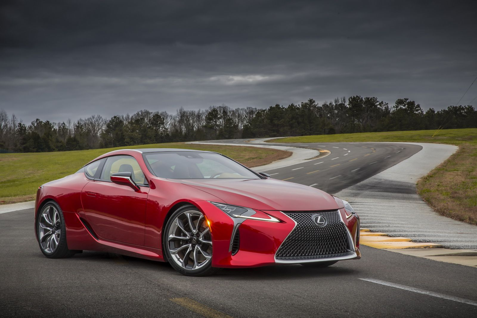 Lexus Launches Its New Lc 500 Range At New York Auto Show The New Lc 500 Hybrid Coupe Range From Lexus Will Be Presented For The F Lexus Lc Lexus Lfa New Lexus
