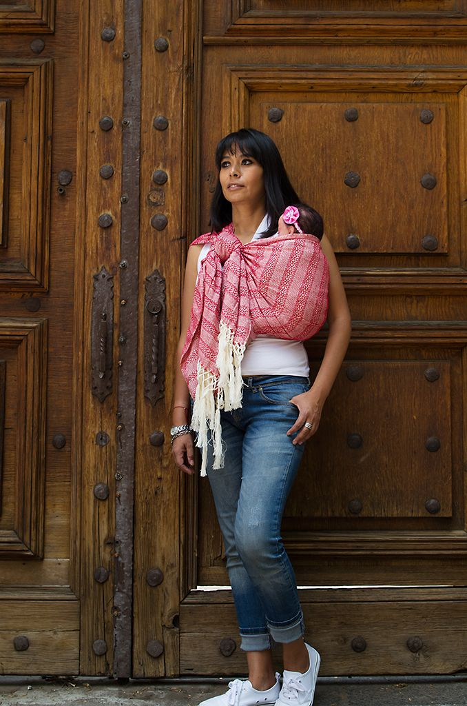 Mexican Red Rebozo With Common Knot Slepknot A Pair Of Rings