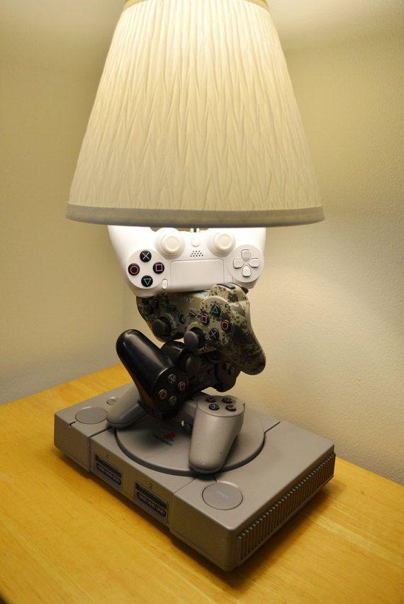 Playstation 4 3 2 1 Lampe Sculpture Histoire Complete De La