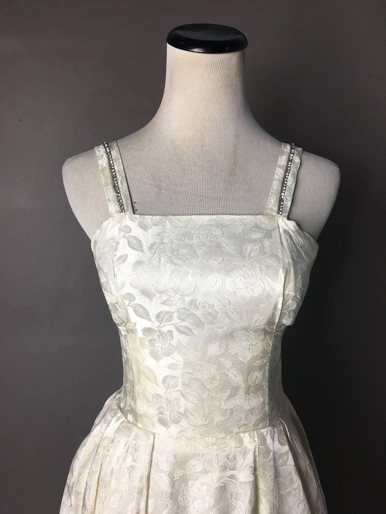 Vintage 60s Wedding Dress 1960s Wedding Dress Prom Dress Etsy Wedding Dresses 60s 1960s Wedding Dress Ivory Wedding Dress [ 1059 x 794 Pixel ]
