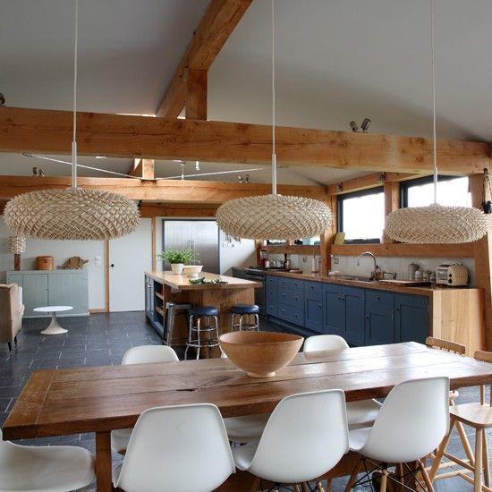 Rustic Open Plan Kitchen: Solid Wood Kitchen-diner