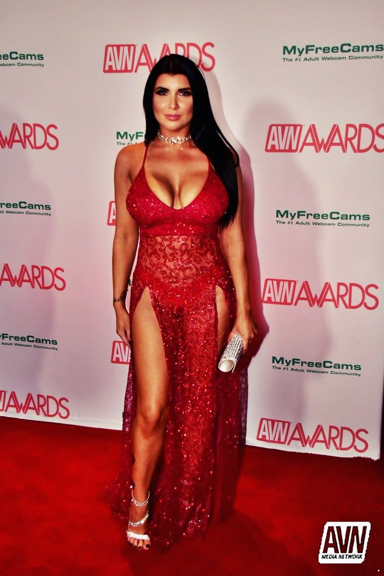 Romi Rain 2018 AVN Awards Red Carpet Pics