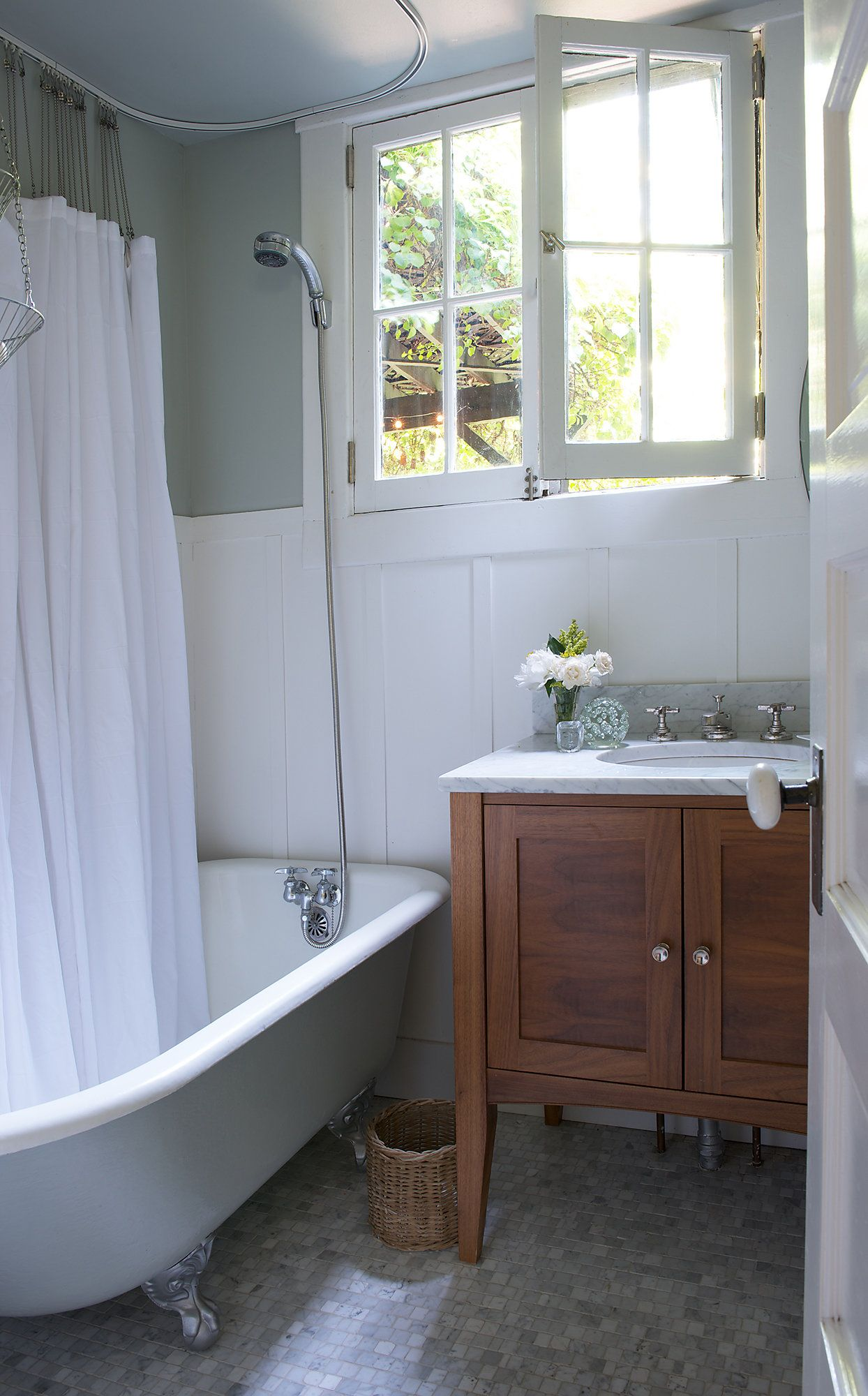 On Location | Downstairs bathroom, Tubs and Vanities