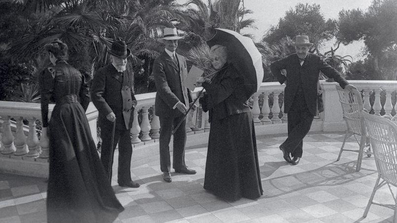 Visite exceptionnelle du jardin de l'impératrice Eugénie au Cap-Martin    Dernier empereur, Historienne, Livre d histoire