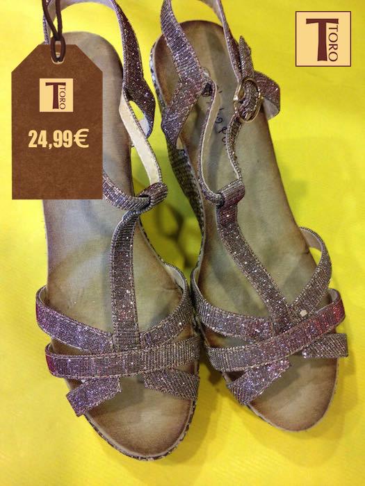 ¡Descubre el calzado que te hará pisar con fuerza esta primavera! ¿Por cual te decides? #tororegalos #calzado #regalos #primavera #tendencias