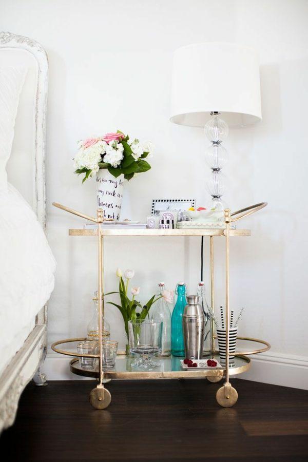 Luxus Hausrenovierung Designer Nahttisch Fur Schlafzimmer Einrichtungsideen #26: Nachttisch Design Und Dekoartikel, Passend Für Jedes Schlafzimmer
