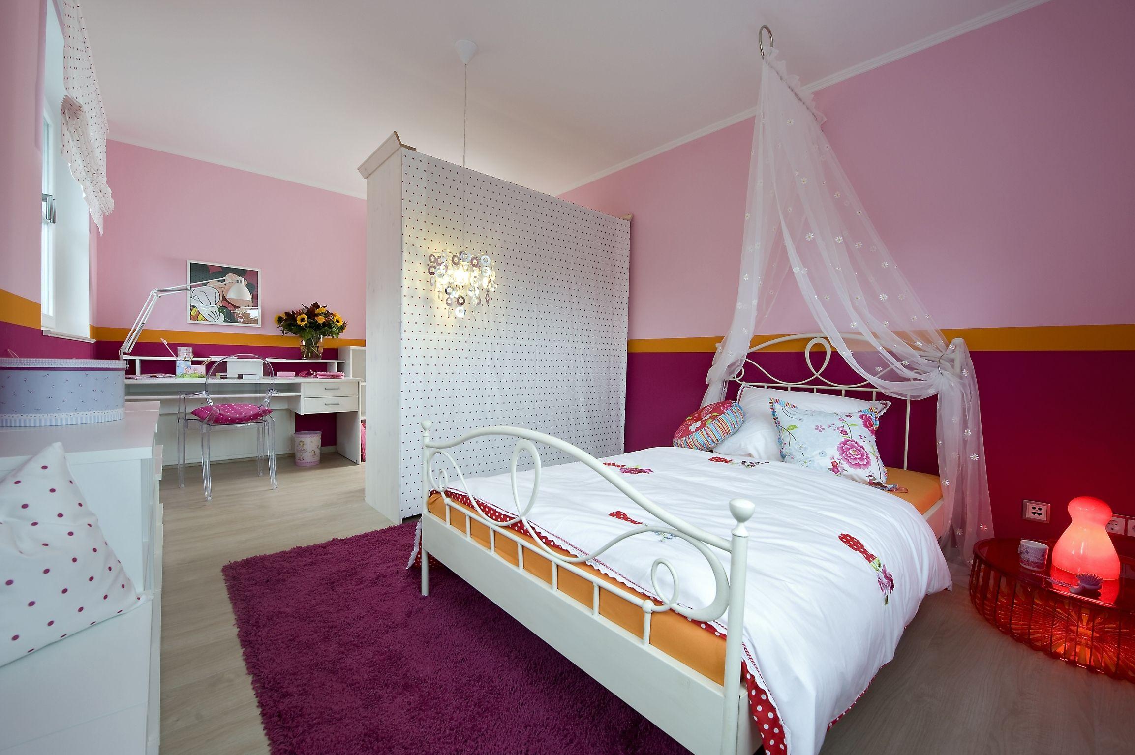 Mädchentraum: Ein Kinderzimmer in Rosa- und Pinktönen gehalten mit ...