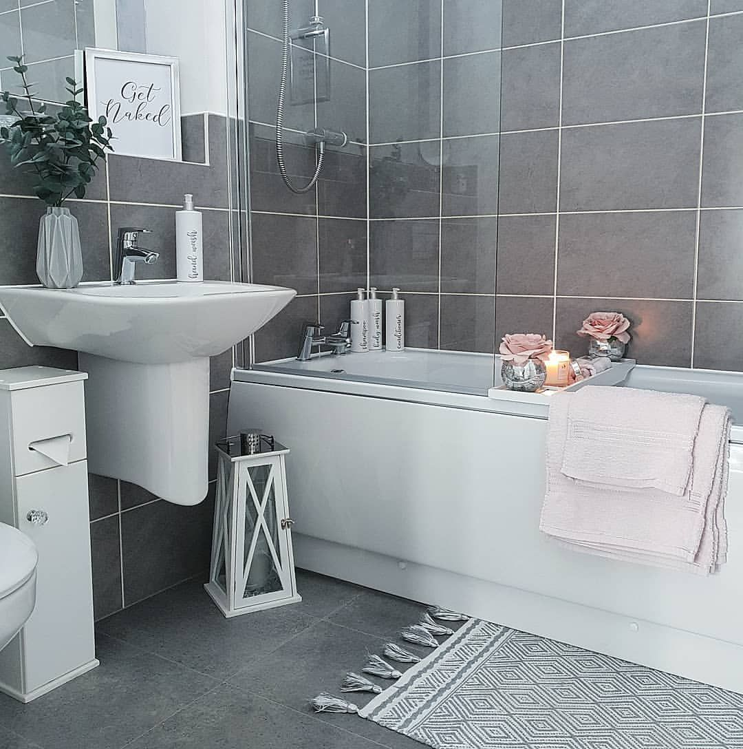 1 968 Likes 71 Comments Sophie Jacobs Sophies Home Full Of Sparkle On Instagram Ni Living Room Decor Cozy Bathroom Interior Design Bathroom Inspiration