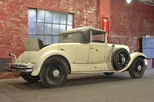 1930 Chrysler Imperial 80 - Barn find