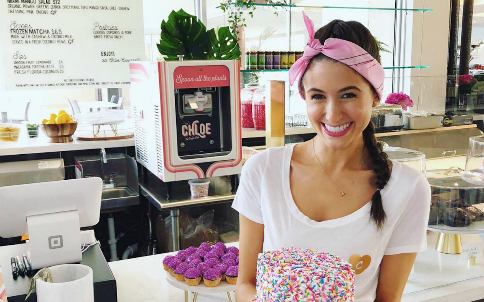 Chef Chloe Coscarelli To Open New Vegan Restaurant In Miami Chef Chloe Vegan Restaurants Vegan Cafe