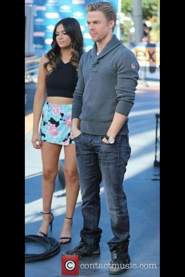 Youtuber Dancer Bethany Mota And Her Dwts Partner Derek Hough At The Extra Event In Los Angeles California On November 6 2 Derek Hough Hough Bethany Mota