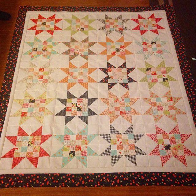 Quilt top finish #msqc pattern #figtreeandco farmhouse fabric #quilt #showmethemoda
