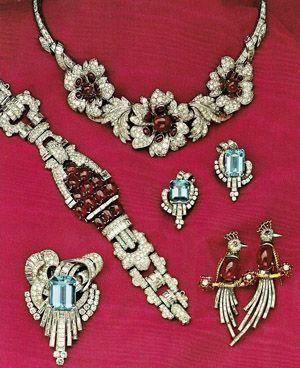 Casa de Kahn Estate Jewelers   Press - jóia da propriedade Notícias Apresentando Casa de Kahn Estate Jewelers