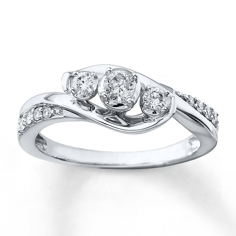 3Stone Diamond Ring 13 ct tw Roundcut 10K White Gold