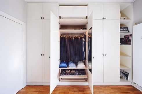 Camber Dressing Blanc Portes Battantes Sur Mesure Dressing Blanc Porte De Dressing Porte De Placard Battant
