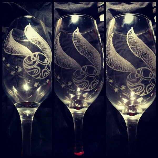 Introducing a Harry Potter golden snitch hand etched large wine glass.  #harrypottergifts