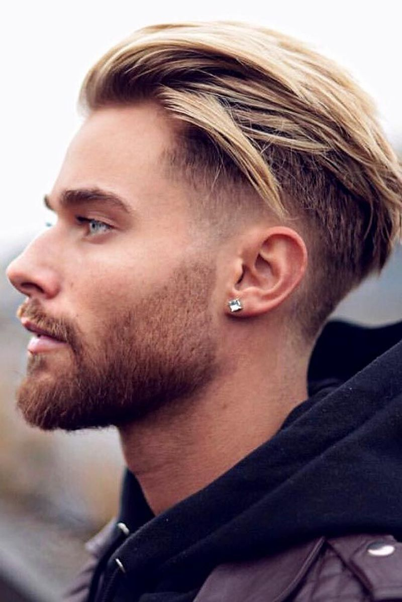 46 Excellent Hairstyle Ideas For Men 2020 Excellent Hairstyle Hairstylesformen2020 Idea In 2020 Mannenkapsels Lang Haar Kapsels Kapsels