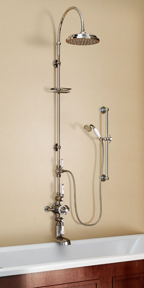 Внешний термостат Avon, излив, дивертер, вертикальная стойка с изогнутым держателем для душа, металлическая мыльница-решетка, штанга для ручного душа, ручной душ со шлангом.