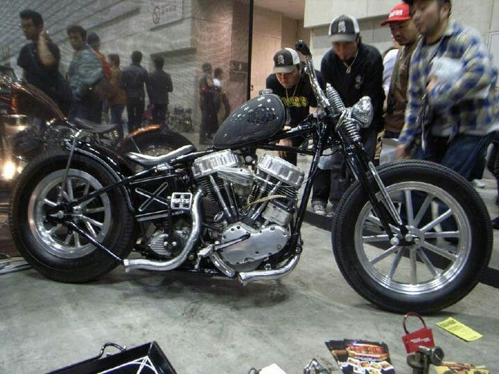 Japanese Panhead hardtail custom with vintage staggered