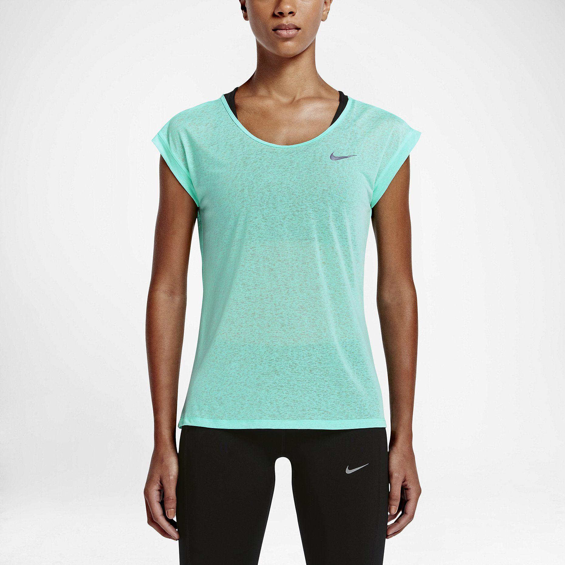 Товары, созданные для достижения максимальных результатов на соревнованиях, тренировках и в жизни. Покупай инновационные модели на Nike.com.