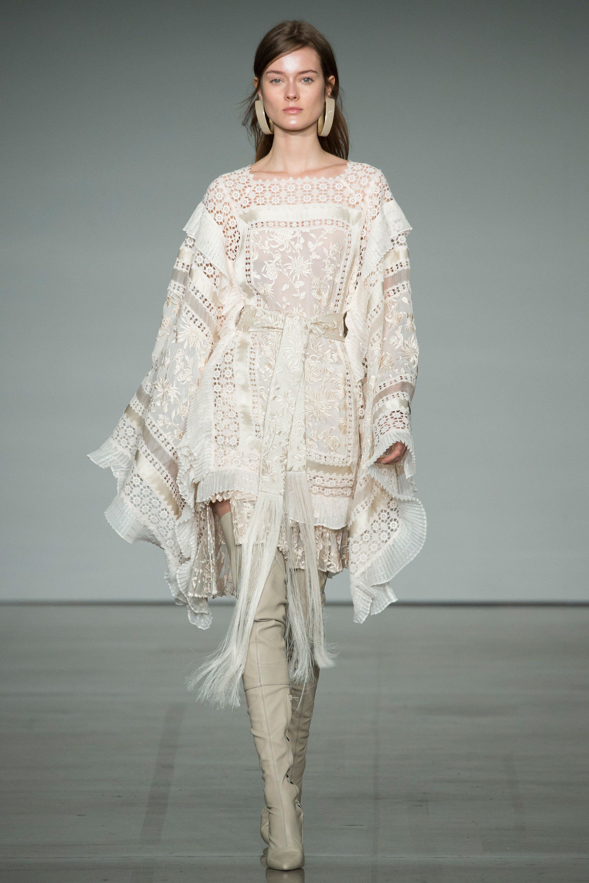 Zimmermann fall readytowear fashion show fashion weeks