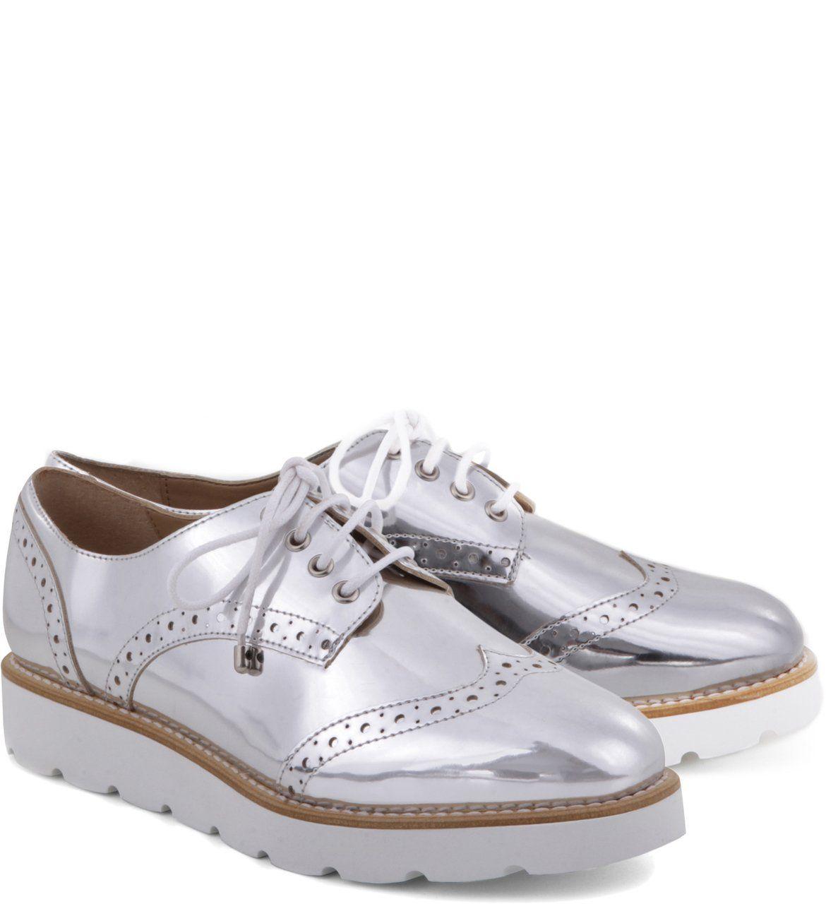 ccd5fcb9a Oxford Solado-Branco Specchio Prata | Arezzo Prata, Sapatos, Sapatos De  Barco,