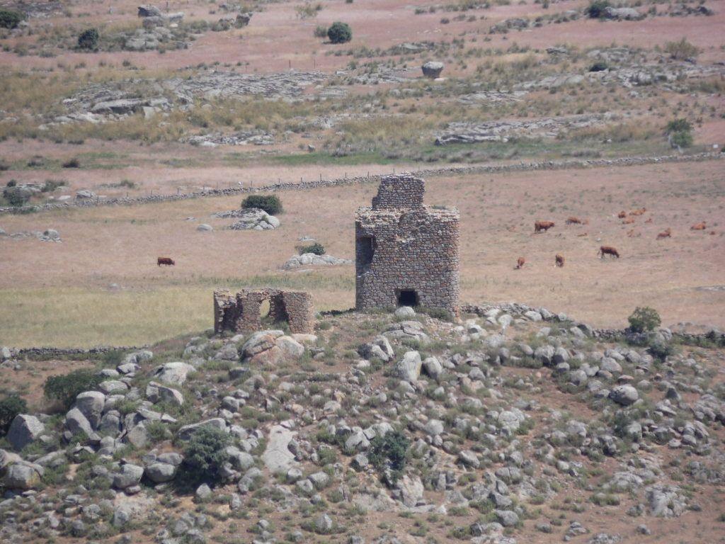 Resultado de imagen de Torre de los Moros de Ventas con Peña Aguilera
