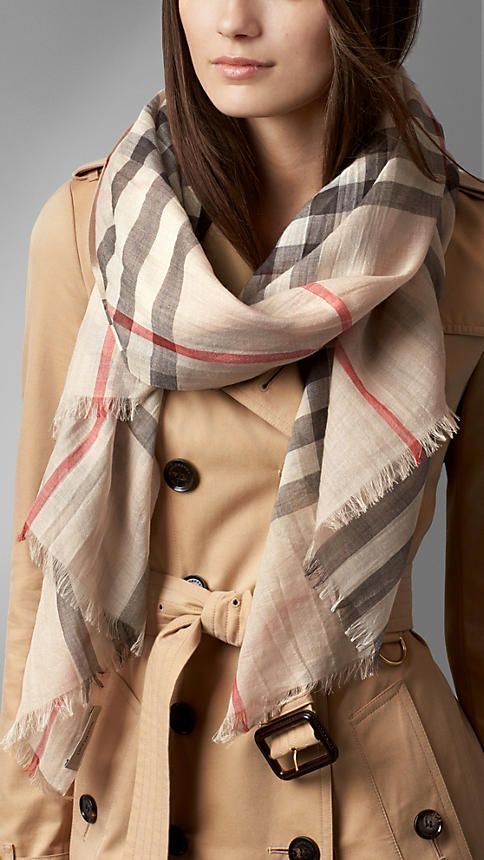 Gauze Giant Check Scarf in Camel Check Wool and Silk Burberry pWqdl