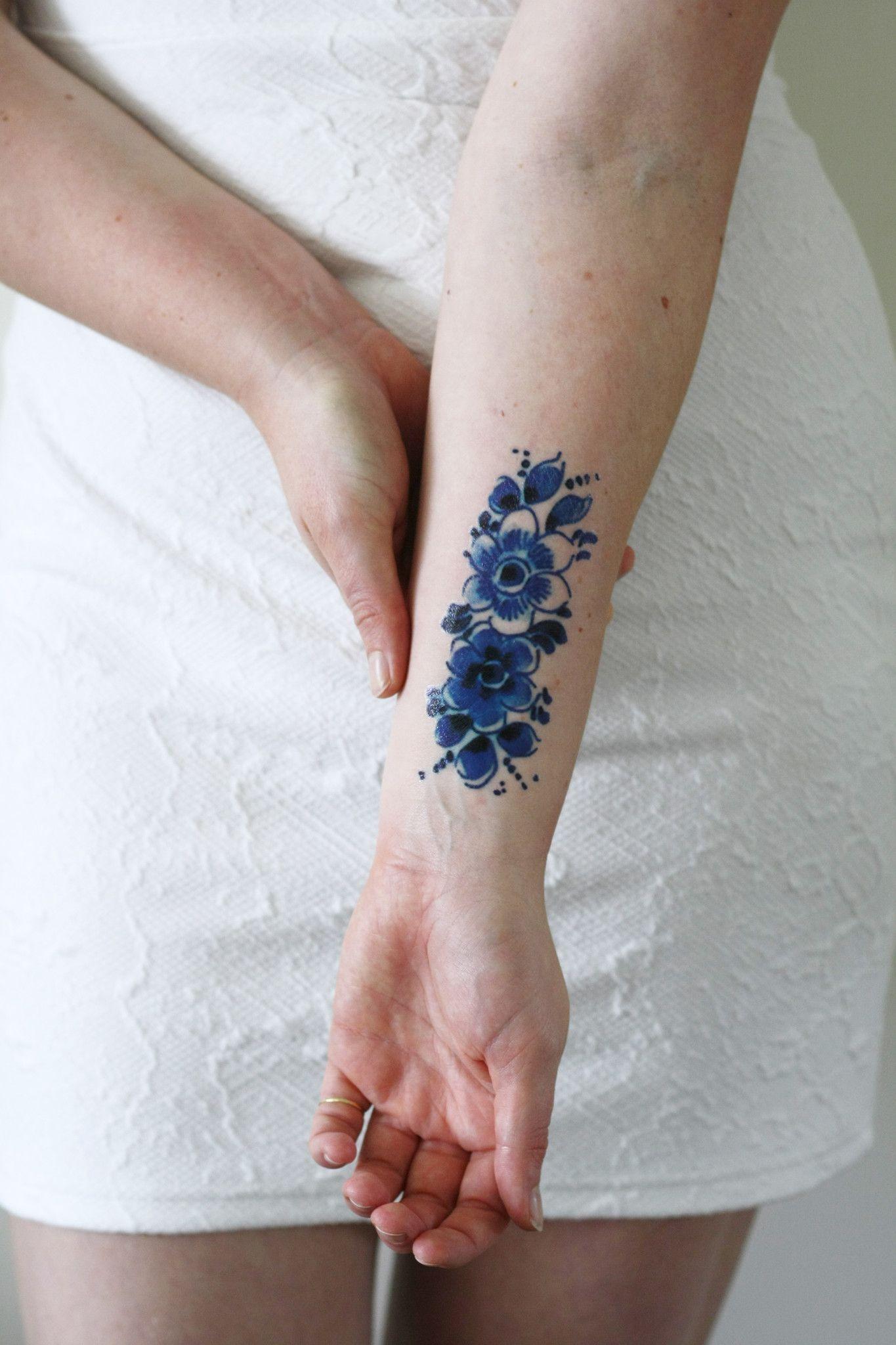 Delft Blue Flower Tattoo Tattoos Piercings Pinterest Blue
