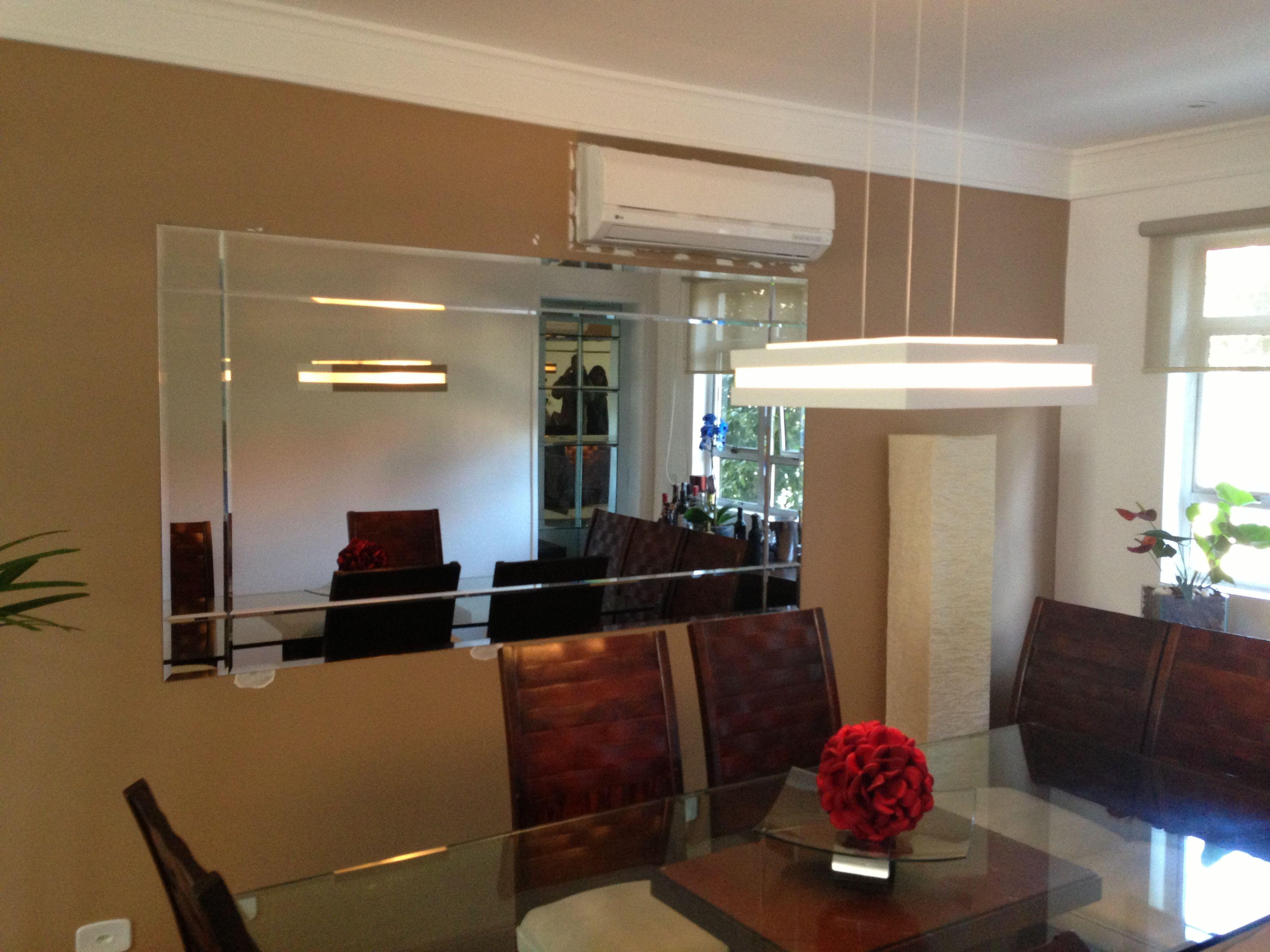 Aparador Com Espelho Para Sala De Jantar Decoracao Salas Jantar Com  -> Sala De Jantar Com Painel De Madeira E Espelho