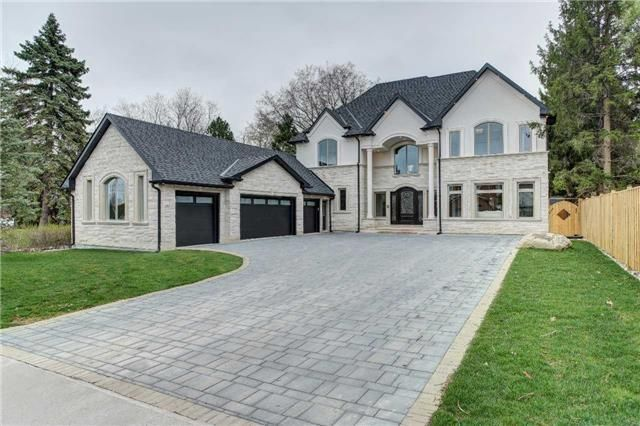 Beautiful Modern Home In Pickering With A 3 Car Garage Beautiful Modern Homes Sale House Custom Home Builders