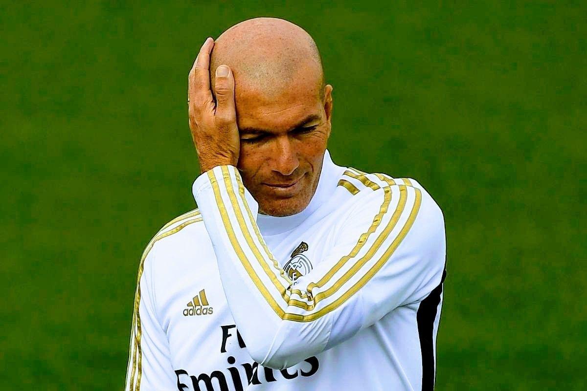 مفاجئة في تشكيل ريال مدريد في مواجهة بلد الوليد Football Varsity Jacket Jackets