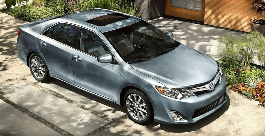 Hybrid XLE shown in Clearwater Blue Metallic with